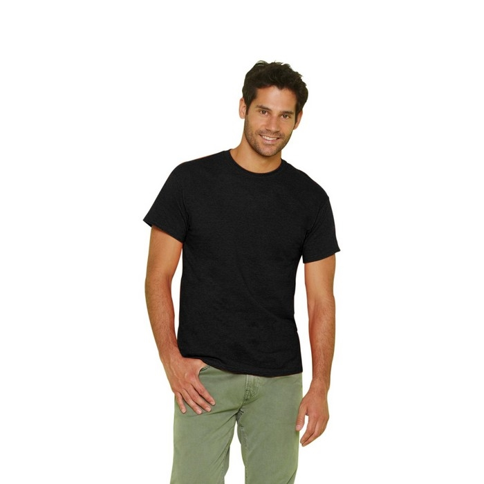 "<a href=""/en/sadr%C5%BEaj/black-t-shirt"">BLACK T-SHIRT</a>"