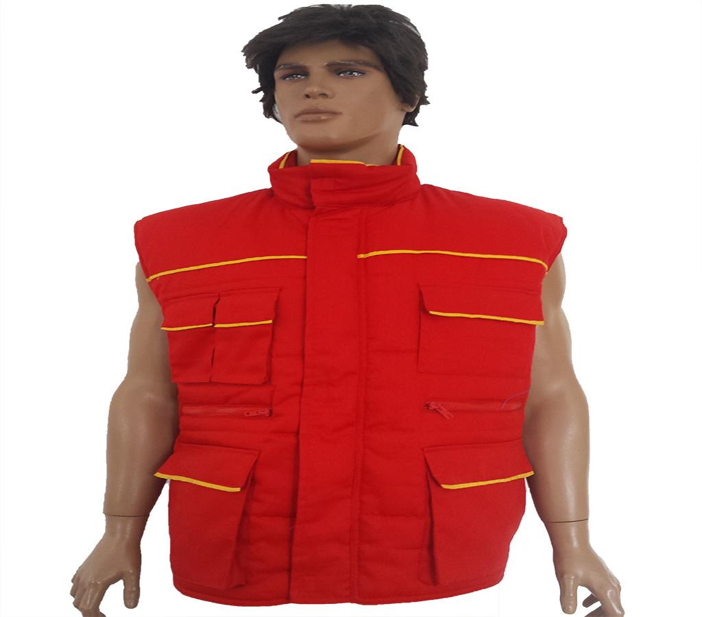 "<a href=""/en/sadr%C5%BEaj/red-yellow-vest"">Red-yellow vest</a>"